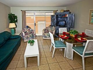 1 bedroom condo in beachfront complex (314) - Port Isabel vacation rentals