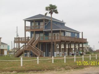 *The Lone Palm Resort* *Full Luxury* *Great View* - Crystal Beach vacation rentals