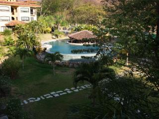 The Oaks Tamarindo Penthouse 72 - Nicoya vacation rentals