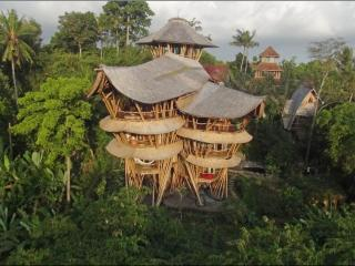 Extraordinary 1 of a kind Bamboo House River Edge - Bali vacation rentals