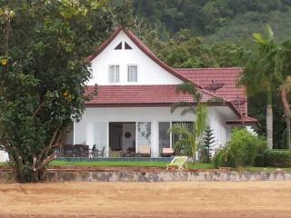 Camellia 3 Bedroom Beachfront Home with Private Pool - Koh Chang vacation rentals