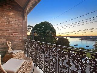 Balmain's Best - Balmain vacation rentals