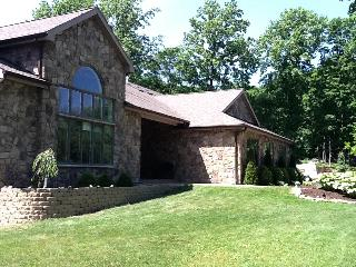 Gorgeous Syracuse Retreat - Fayetteville vacation rentals