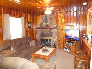 The Deer Drop Inn - 2 Bed 1 Bath Hot Tub Property - Ruidoso vacation rentals