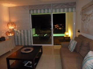 Award winning apartment 5 mins walk to beach, peaceful location in Vale do Lobo, Algarve - Vale do Lobo vacation rentals