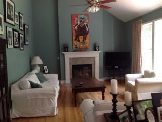 Great house in Saratoga Springs-minutes to Track, SPAC & Downtown - Saratoga Springs vacation rentals