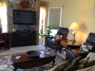 BEACH IS A 2 min walk - OUTSIDE SHOWER, BBQ GRILL, BEACH CHAIRS available - Jamaica Beach vacation rentals