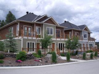 Invermere - Pine Ridge Mountain Resort! 3 Bedroom, Two Level Chalets- Vacation Rentals - Invermere vacation rentals