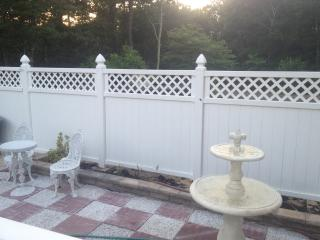 Walking distance to the bay - Hampton Bays vacation rentals