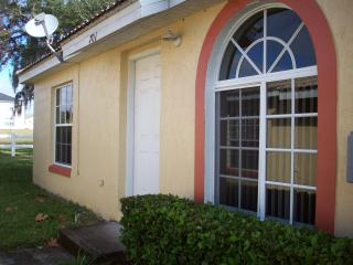 Delightful Two Bedroom Villa close to Legoland - Poinciana vacation rentals