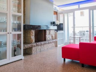 Stunning modern apartment with sea views - Barcelona vacation rentals