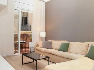 CHARMING RENARD - Barcelona vacation rentals
