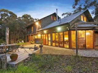 The Last Straw - 4 bedroom house in Katoomba - Katoomba vacation rentals