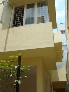 Flat for rent in Bangalore besides the Ulsoor lake - Bangalore vacation rentals