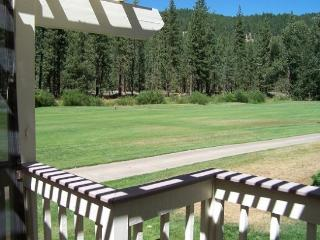 #90 PONDEROSA Recently remodeled!! $105.00-$140.00 BASED ON FOUR PEOPLE OCCUPANCY AND NUMBER OF NIGHTS - Plumas County vacation rentals