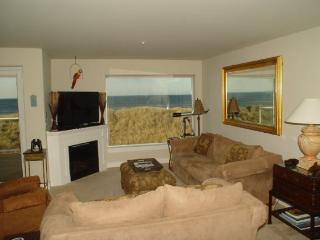 #822/1 - Premium Ocean and Beach View - Southern Washington Coast vacation rentals