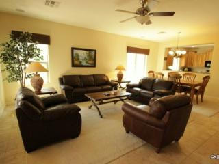 Spacious, Beautiful, Three Bedroom, Oro Valley Home with Mountain and Golf Course Views - Oro Valley vacation rentals