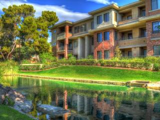 FURNISHED- LUXURY WATERFRONT PHOENIX CONDO - Phoenix vacation rentals