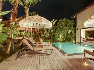 4 Bedroom Luxury Villa in Seminyak with 2 Pools! - Seminyak vacation rentals