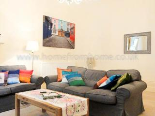 Large and colourful 3 BR apartment, very close to Hyde Park- Bayswater - London vacation rentals