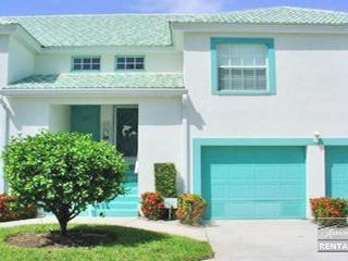 Spacious and charming condo is minutes from the beach - Naples vacation rentals