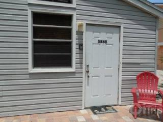 The Hideaway Bungalow - Florida South Central Gulf Coast vacation rentals