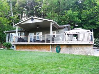 4 bedroom Cottage @ Port Albert Inn and Cottages - Goderich vacation rentals