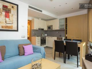 Chic and Modern apartment in Old Town Borne area! - Barcelona vacation rentals