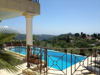 Villa in Famous St Paul (Renovated May 2014 - New Listing Flipkey) - Saint-Paul-de-Vence vacation rentals