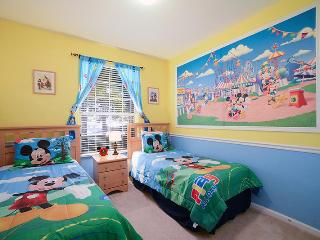 Tropical Treasure - Ground Floor Bldg 1, 3 bed Condo with 3D TV, PS3, Mickey Mural and More! - Kissimmee vacation rentals