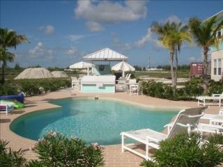Beautiful 4BR in Treasure Cay Marina w/ 60ft Slip! - Treasure Cay vacation rentals