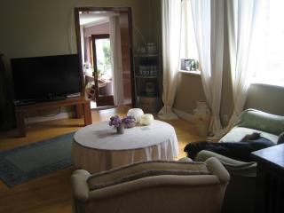 Vacation Apartment in Remagen - 1076 sqft, comfortably furnished, convenient location (# 5277) - Rhineland-Palatinate vacation rentals