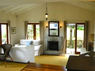 Romantic Retreat - Onetangi vacation rentals