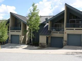 Location Can`t Be Beat on this 3-Bedroom Plus Loft Townhome! Short Walk to 3 Lifts and Downtown Breck! - Breckenridge vacation rentals