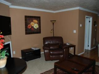 Furnished condo available for Long Term Lease only. $675 per month with 1 year Lease - Eden vacation rentals