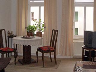 Vacation Apartment in Leipzig - 700 sqft, central, comfortable (# 2620) - Leipzig vacation rentals