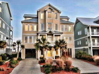 Ocean View Ln 104 Oceanfront! | Internet, Elevator, Jacuzzi, Fireplace - North Topsail Beach vacation rentals