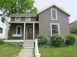 Petoskey Grove 107188 - Middletown vacation rentals