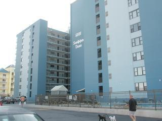 2 BR Condo - Ocean City MD - 1st floor - 58th St - Image 1 - Ocean City - rentals