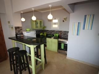 Zesty apartment - 2 bedrooms, Wifi, BBQ, stylish. - Red Sea and Sinai vacation rentals