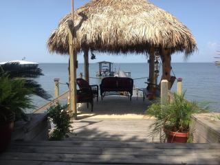 Come Friday Cottages on the Bay - The Bay Room - Bacliff vacation rentals