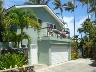 Palione Papalani Entrance and Balcony - Tropical Luxury 2Bed/2Bath Steps to Kailua Beach - Kailua - rentals