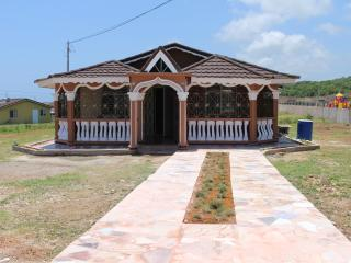 Clarkes' Guest House - Falmouth, Trelawny Jamaica - Falmouth vacation rentals