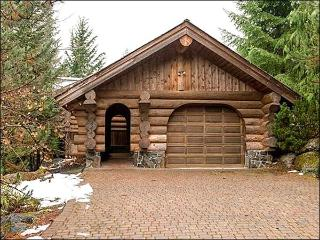 Beautiful Scenic and Mountain Views - Private Single Car Garage (4126) - Whistler vacation rentals