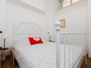 Rome City Center Trastevere cozy apt up to 4 - Image 1 - Rome - rentals