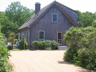 Charming Cape w/Assoc Tennis & Pool 113887 - West Tisbury vacation rentals