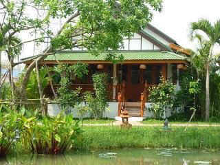 Kingfisher Bungalow - Chiang Mai Province vacation rentals