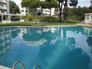 Apart. Pool, Golf, Falesia Beach Vilamoura Marina - Loule vacation rentals