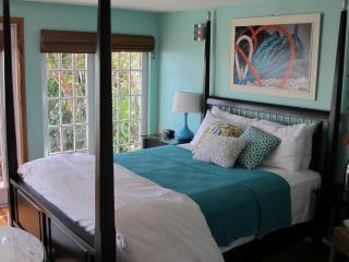Stunning Tarpon Cottage at Yellowdog Matlacha - Matlacha vacation rentals