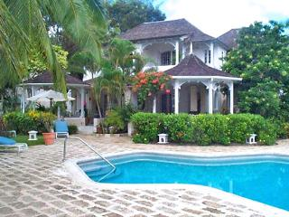 Barbados Villa 83 With Private Patios Enjoying Spectacular Views Of The Caribbean Sea. - Terres Basses vacation rentals